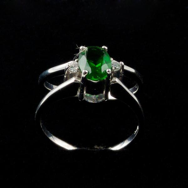 inel argint cu zircon verde