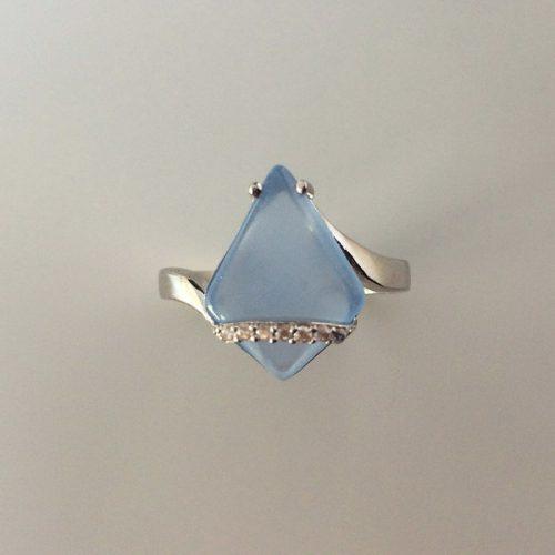 Inel cu calcedonie bleu din argint