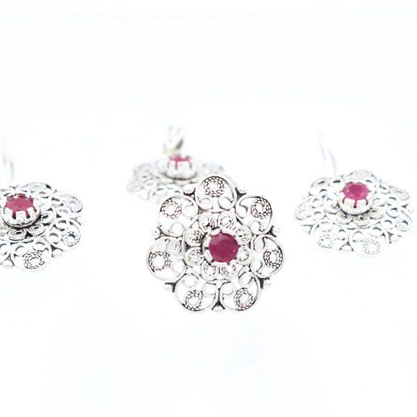 Set cu rubin din argint filigranat