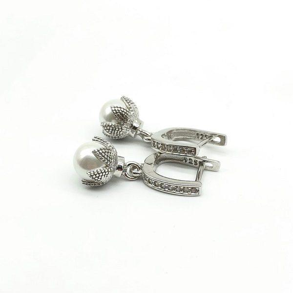 Cercei cu perle din argint