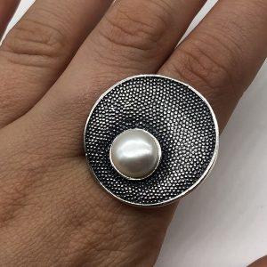 Inel masiv cu perla din argint patinat